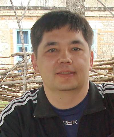 Виталий Тен